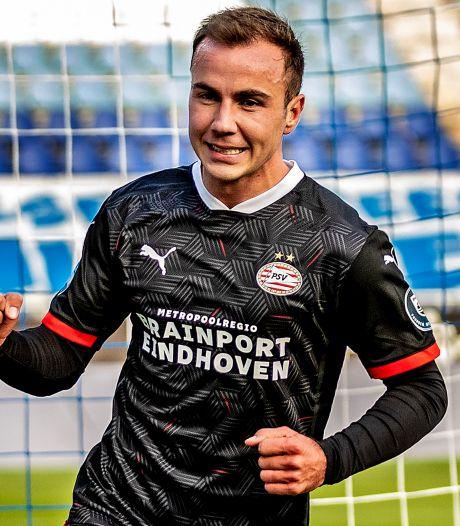 PSV stelt in Zwolle snel de zege veilig, Götze scoort bij debuut