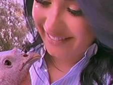 Demi Lovato onder vuur om pronken met gebraden kalkoen na knuffelen bij opvang