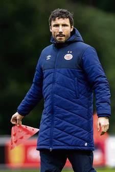 Van Bommel als trainer voor het eerst op eigen benen