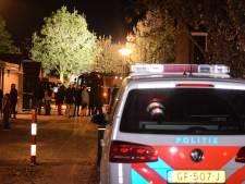 Drie woonblokken ontruimd in Doetinchem door mysterieuze stank uit het riool
