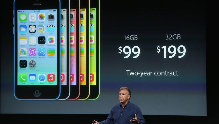 De iPhone 5C wordt aangekondigd door Phil Schiller. Beeld Getty Images
