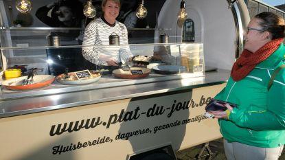 Foodtruck serveert dagschotels