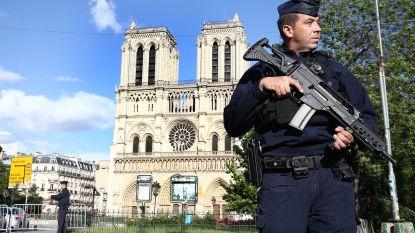 Vier tieners in voorlopige hechtenis na dood van dertienjarige jongen in Parijs
