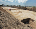 Archeologische opgravingen in Ottersum, op de plek waar de huizen moeten komen.