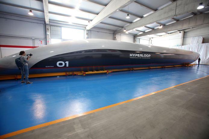 Foto ter illustratie. In ieder geval komt er een testbaan voor een hyperloop, een supersnelle vacuümtrein die met meer dan 1000 kilometer per uur door een buis schiet.