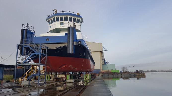 Tewaterlating op de scheepswerf van Thecla Bodewes in Kampen.