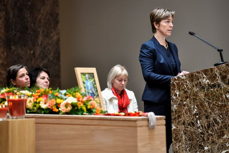 Inge Braeckmans, weduwe van de burgemeester, bracht een mooi eerbetoon aan haar overleden man.