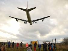 Airbus landt na veel vertraging eindelijk op Airport Twente