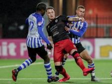 Ongeslagen reeks van Excelsior-trainer Dijkhuizen ten einde na pak slaag in Eindhoven