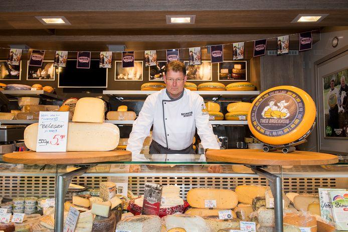 Voor kaasboer Theo Broekhuis is voorlopig geen passende plek bij Westlede.