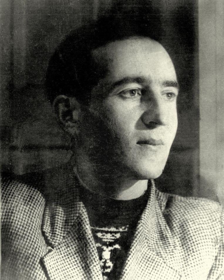 Natan Rotenstreich na zijn komst naar Nederland. De foto is waarschijnlijk uit 1948. Beeld Privécollectie