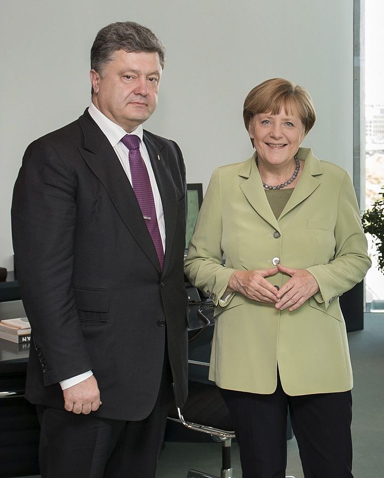 De Oekraïense presidentskandidaat Porosjenko met de Duitse bondskanseliers Angela Merkel.