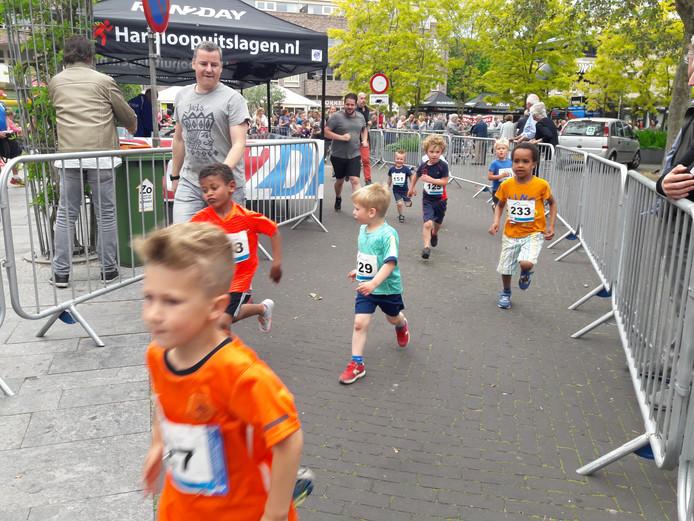 Van klein tot groot liep zaterdag hard in Groesbeek.