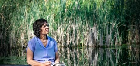 Ank vond een oase midden in haar eigen stad: 'Bij de vijver valt alle stress van me af'