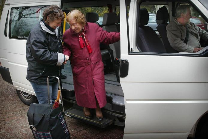 'We moeten er voor blijven zorgen dat elke Brabander gebruik kan maken van het openbaar vervoer, ook al is het een belbus.'