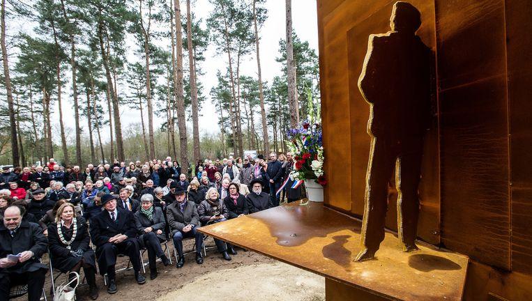 Onthulling van het monument in kamp Amersfoort, in maart. Beeld Rein van Zanen / ANP