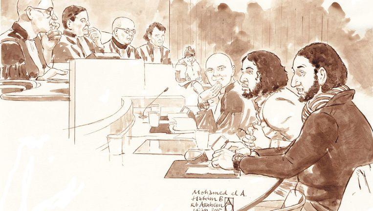 De twee verdachten in de rechtszaal in Arnhem. Beeld ANP
