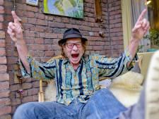 Zanger Jan van Piekeren brengt ode aan 'zijn' Utrecht: 'Intens gelukkig dat ik hier woon'
