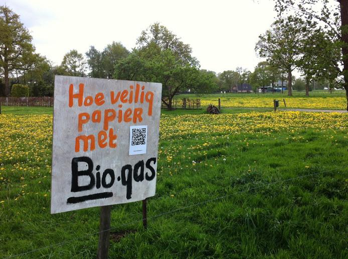 Protestborden tegen komst biovergister naar Klarenbeek