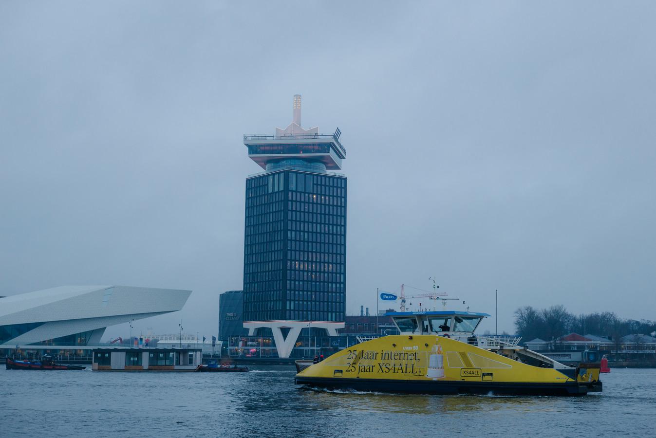 Reclame van XS4All op één van de veerponten op het Amsterdamse IJ