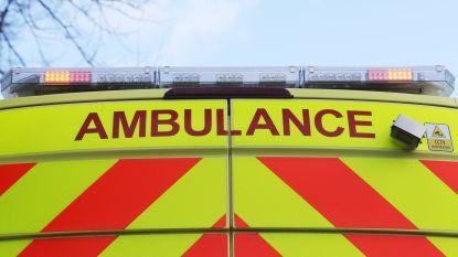 Bromfietser gewond na aanrijding aan Koninginnelaan