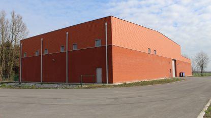 Nieuw rood gebouw langs N49? Dat is het nieuwe waterproductiecentrum van De Watergroep