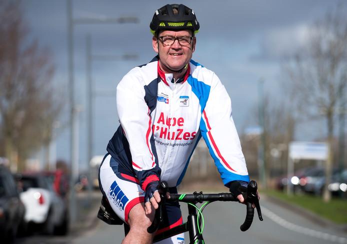 George de Breij gaat opnieuw fietsen voor zijn dochter Sylvia.