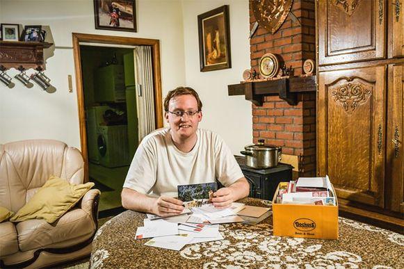 Derek werd overspoeld door kaartjes van HLN-lezers.
