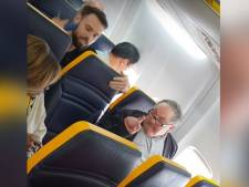 Blanke man weigert naast zwarte vrouw te zitten tijdens vlucht Ryanair