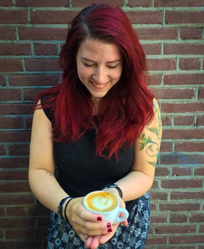 Inge van Rijswijk begint het Oostwest Cultuurcafé aan het Besterplein.
