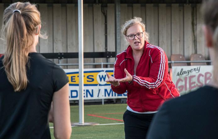 Marijke de Veer, afzwaaiend coach van SPES.