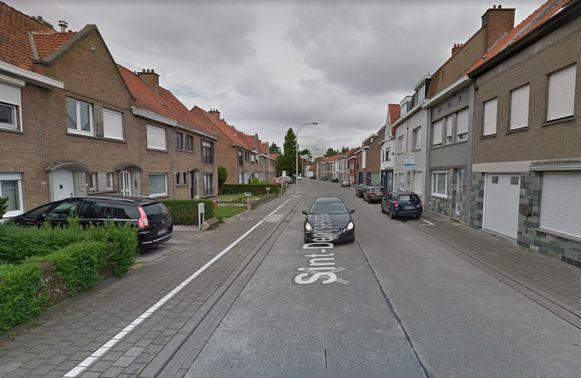 De Sint-Denijsestraat krijgt mogelijk betalend dagparkeren tussen de Elfde-novemberlaan en Wagenmakersstraat