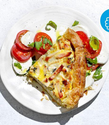 Wat Eten We Vandaag: Italiaanse quiche met kip en salade caprese