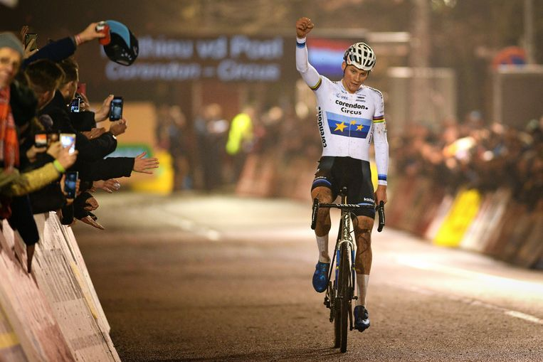 Dutch Mathieu Van Der Poel celebrates as he crosses the finish line to win the 6th stage (out of 8) of the Superprestige cyclocross cycling competition, in the Elite Men category, in Diegem, Sunday 30 December 2018. BELGA PHOTO DAVID STOCKMAN
