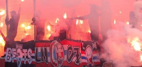 PSV-supporters halen meer dan 16.000 euro op voor Voedselbank Eindhoven