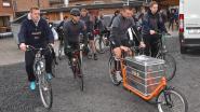 Leerlingen fietsen met zelfgemaakte bakfiets van Menen naar Amsterdam