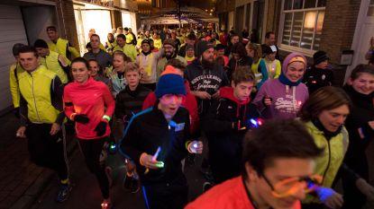 300 lopers voor allereerste 'Glow Run'