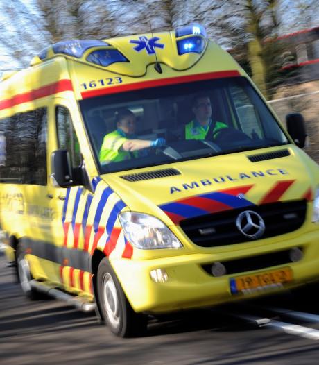 Forse schade bij botsing voertuigen op N351