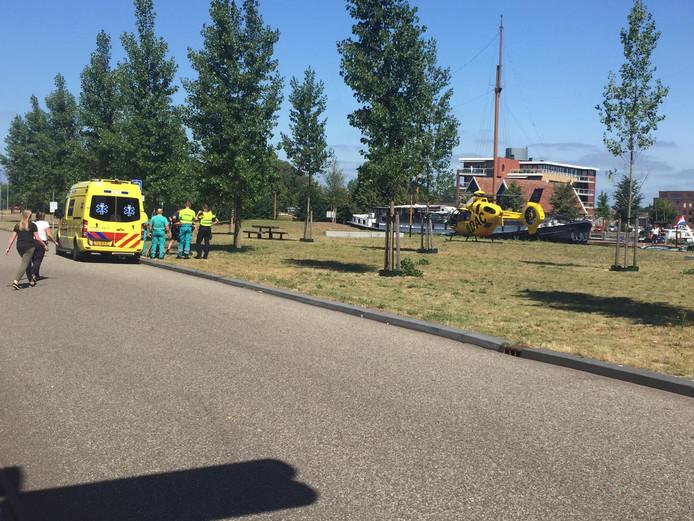 De hulpdiensten massaal ter plaatse in Almelo.