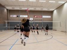 Volleybalclub Elburg luidt noodklok: nieuwe hal of stroom opzeggingen