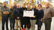 Cheque van 1.221 euro voor ALS en Moeders voor Moeders