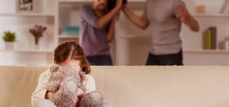 Veilig Thuis krijgt heftigere meldingen huiselijk geweld: 'Als mensen lang op elkaars lip zitten, nemen spanningen toe'
