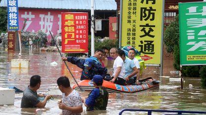 Zuiden van China gaat gebukt onder overstromingen: 56 doden en 22 vermisten