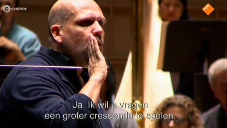 Jaap van Zweden in de wel heel goed getimede documentairereeks Beeld NPO