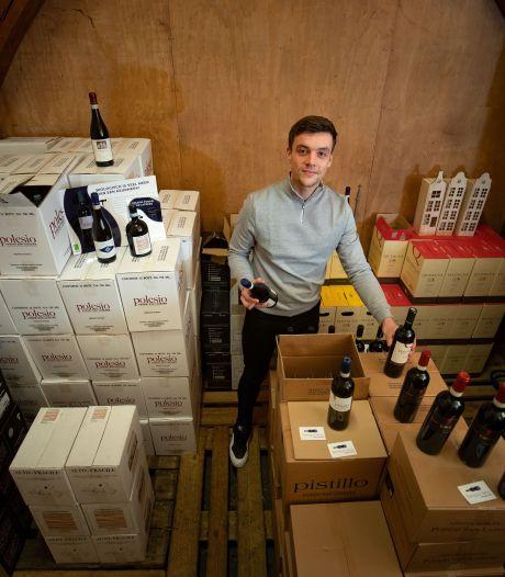 Steven (19) raakte door corona zijn horecabaantje kwijt en doet nu zaken in Italië: 'Fantastisch dat het zo loopt'