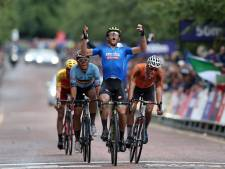 Trentin sprint nipt sneller dan Mathieu van der Poel