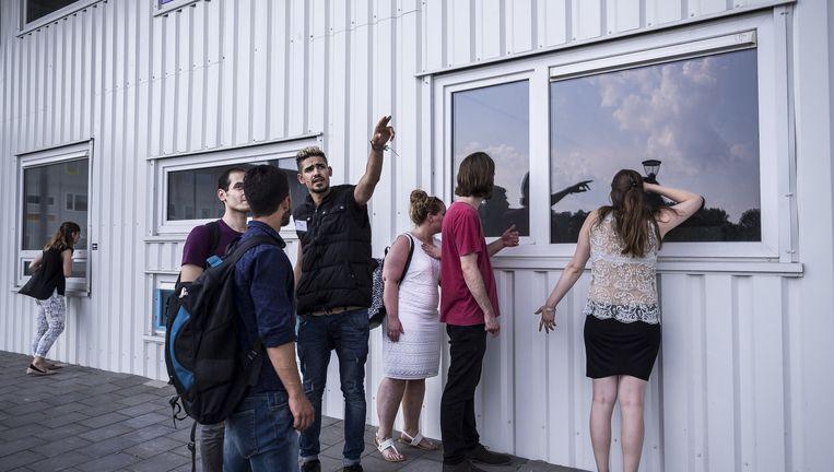 Het complex op Riekerhaven in Nieuw-West heeft plek voor 500 mensen. Beeld Rink Hof