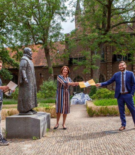 Wandelen langs Bakker Suikerbuik en Groots Café Hanno: Museum Prinsenhof heeft een nieuwe stadswandeling