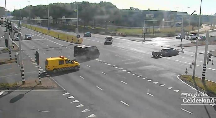 Het deel van de N325 tussen Lange Water en Velperbroekcircuit is weer vrijgegeven voor verkeer.