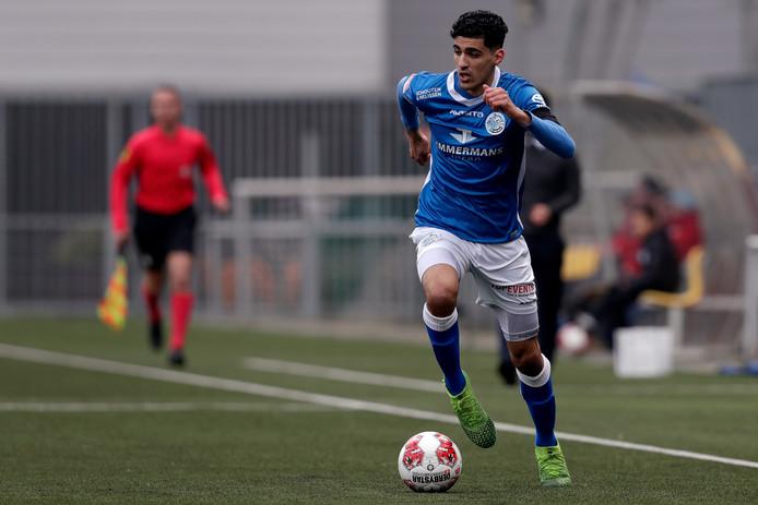 Oussama Bouyaghlafen eerder dit seizoen in actie voor FC Den Bosch. Of hij vrijdag tegen MVV mee kan doen, is twijfelachtig.